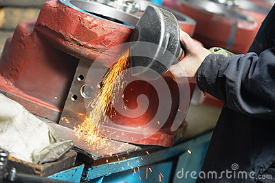 Close-up grinding process with power tool