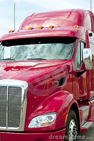 Free Close Up Of A Red Semi Truck Stock Image - 20306071