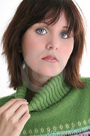 Free Close Up Of Beautiful Teen Girl In Green Sweater Royalty Free Stock Photos - 245078
