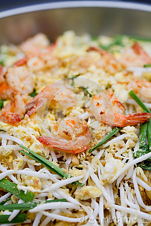 Free Close Up Of Fried Noodle With Shrimp Thai Style Stock Photos - 31804483