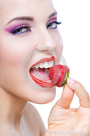 Free Close Up Of Lady With Red Lips Eating Strawberry Stock Photo - 33921730