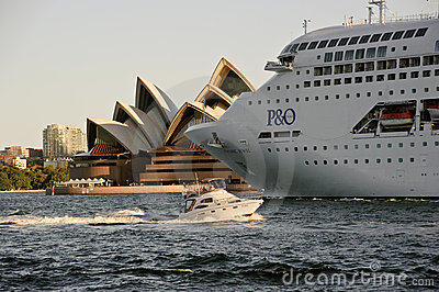 Close up of P&O Pacific Jewel leaving Sydney Editorial Photo