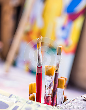 Paint Brushes in Atelier