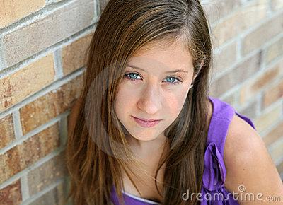 Close up of preteen girl