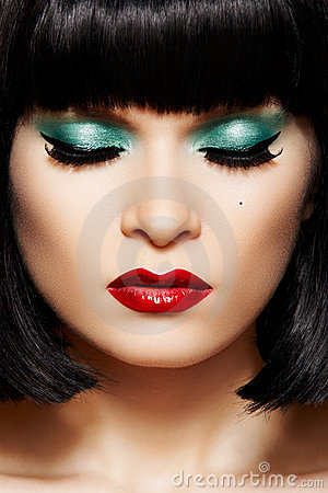 Free Close-up Retro Glamour Face. Disco Glitter Make-up Royalty Free Stock Photo - 17283955