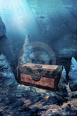 Free Closed Treasure Chest Underwater Stock Photography - 20665272