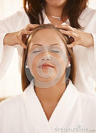 Free Closeup Of Head Massage Stock Photos - 18506213