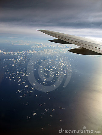 Cloud pattern with Airplane wing