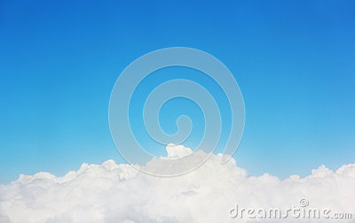 Cloud under blue sky