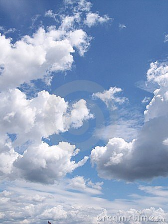 Free Clouds And Blue Sky Royalty Free Stock Image - 334786