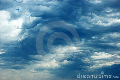 Clouds over the Athos