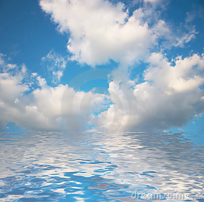 Free Clouds Under Water. Royalty Free Stock Images - 1135629