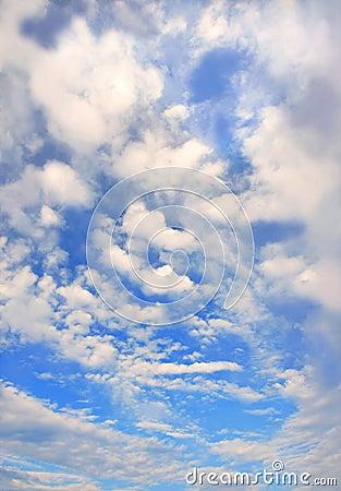 Cloudscape luminoso