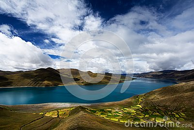 Cloudy Yamdrok Lake