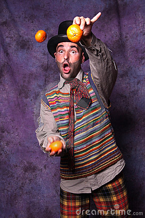 Clown joggling