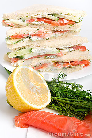 Club sandwiches with ingredients