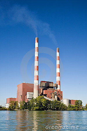 Free Coal Burning Electrical Power Plant Royalty Free Stock Photography - 6458107