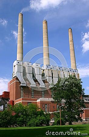 Free Coal Burning Power Plant Royalty Free Stock Photos - 15961908