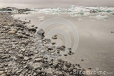 Coast of Jokulsarlon lagoon - Iceland.