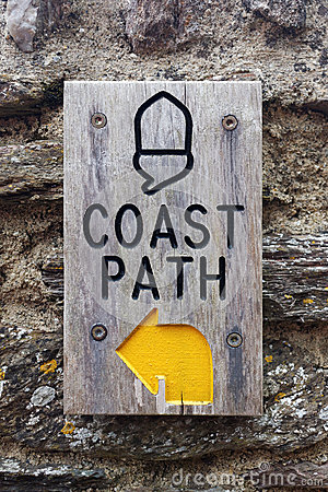 Free Coast Path Sign, Stoke Fleming, Devon, UK Vertical Portrait Format Royalty Free Stock Photos - 86189018