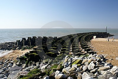 Coastal defence made of interlocking concrete