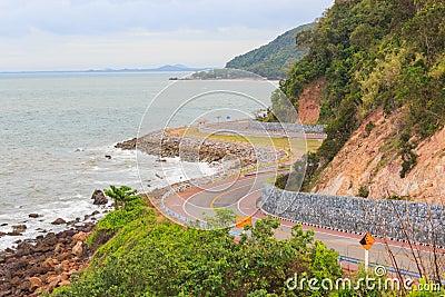 Coastal road sea at Khung Viman bay
