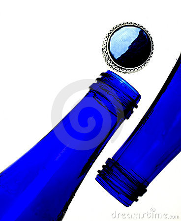 Free Cobalt Blue Bottles And Cap Royalty Free Stock Photo - 822595