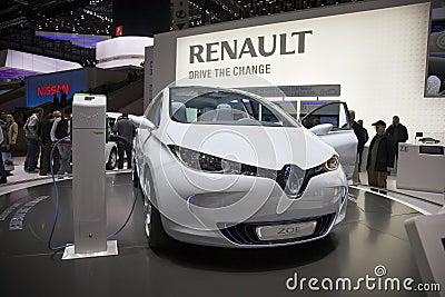 Coche de la inspección previo de Renault Zoe Fotografía editorial