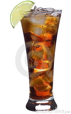 Cocktail with lime and cola