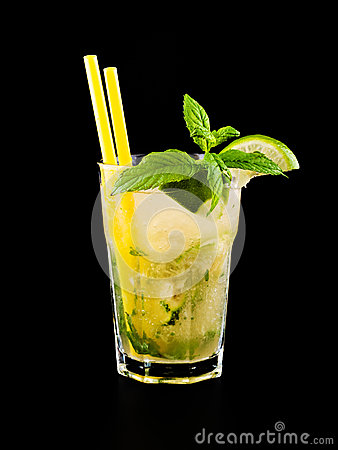 Free Cocktail Mojito Stock Photos - 41801273