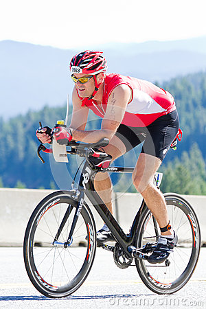 Free Coeur D  Alene Ironman Cycling Event Stock Photo - 31811800
