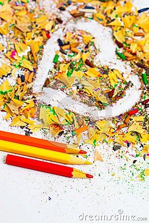 copeaux de crayon de coeur photo stock image 29104270 - Copeaux De Bois Colors