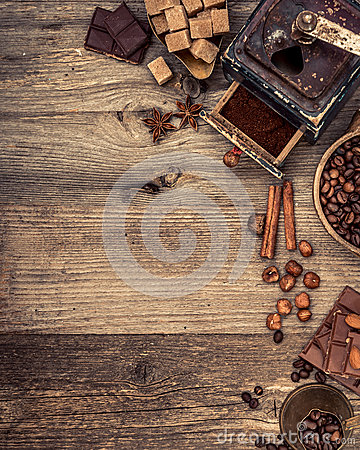Free Coffee Beans And Chocolate Royalty Free Stock Photography - 54355467