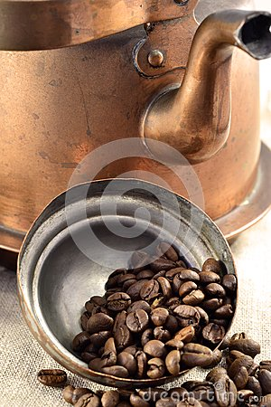Coffee beans inside the pot lid