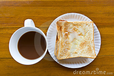 Coffee cup and Pour the milk toast