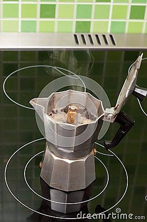 Coffee-maker boils coffee