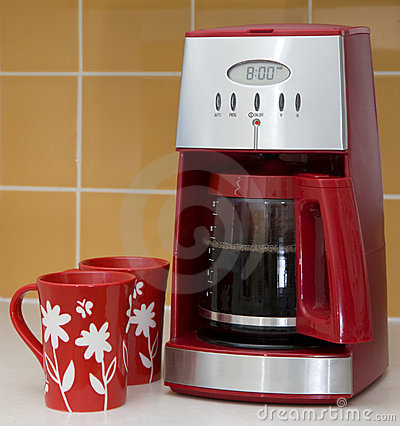 Coffee maker and mugs