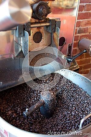 Free Coffee Roasting Machine Royalty Free Stock Image - 13540726