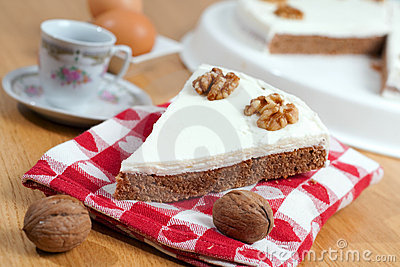 Coffee and Walnuts Cake