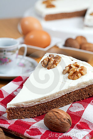 Coffee and Walnuts Cake