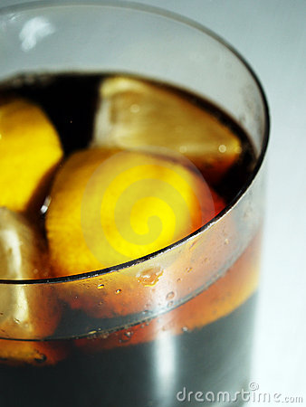 COLA WITH LEMON