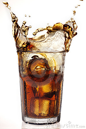 Free Cola Splash Royalty Free Stock Photo - 21783745