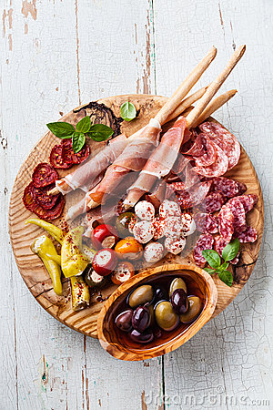 Free Cold Meat Plate Stock Images - 48259964