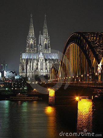 Colgne (Germany) cathedral by night