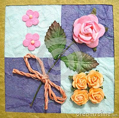 Collage des fleurs sur l édredon