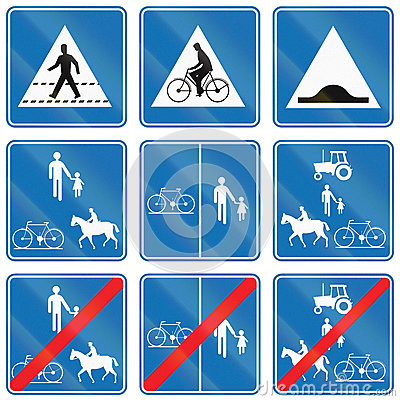 Free Collection Of Road Signs Used In Belgium Royalty Free Stock Photo - 77155425