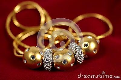 Collier de diamant et d or