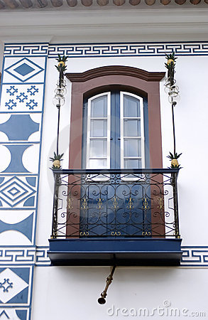 Colonial balcony