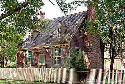 Colonial Home 90