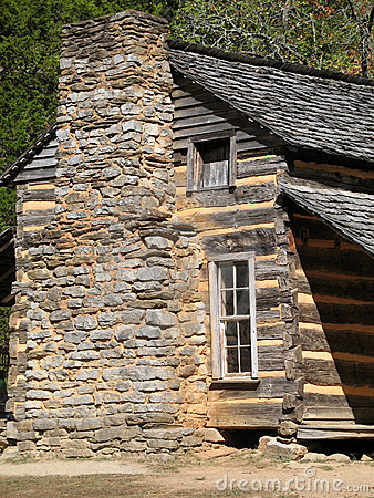 Colonial Log Cabin – Great Smoky Mountains Nationa